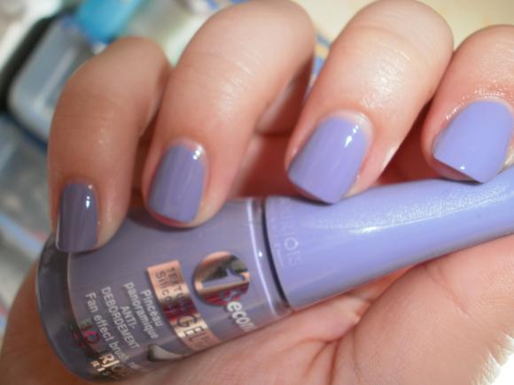 http://titebestiole.cowblog.fr/images/NailAddicted/P4120007.jpg